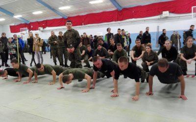 Udział klas mundurowych w Dniu Podchorążego